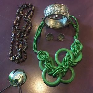Jewelry - Green and Brown Jewelry Set (5 piece)